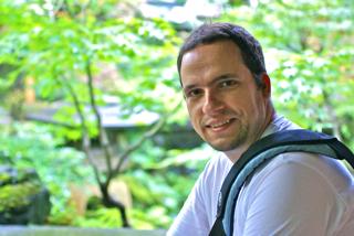 Sébastien Tixeuil  Professor Honorary Member of Institut Universitaire de France LIP6 - CNRS 7606 Sorbonne Université